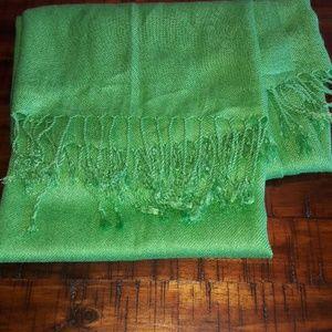 Leaf green pashmina scarf